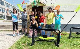 Holzhaus für Spielgeräte